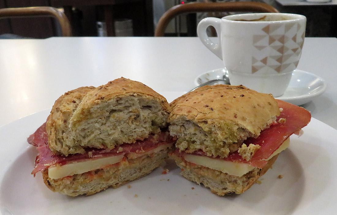 A smurf sandwich / Un pitufo